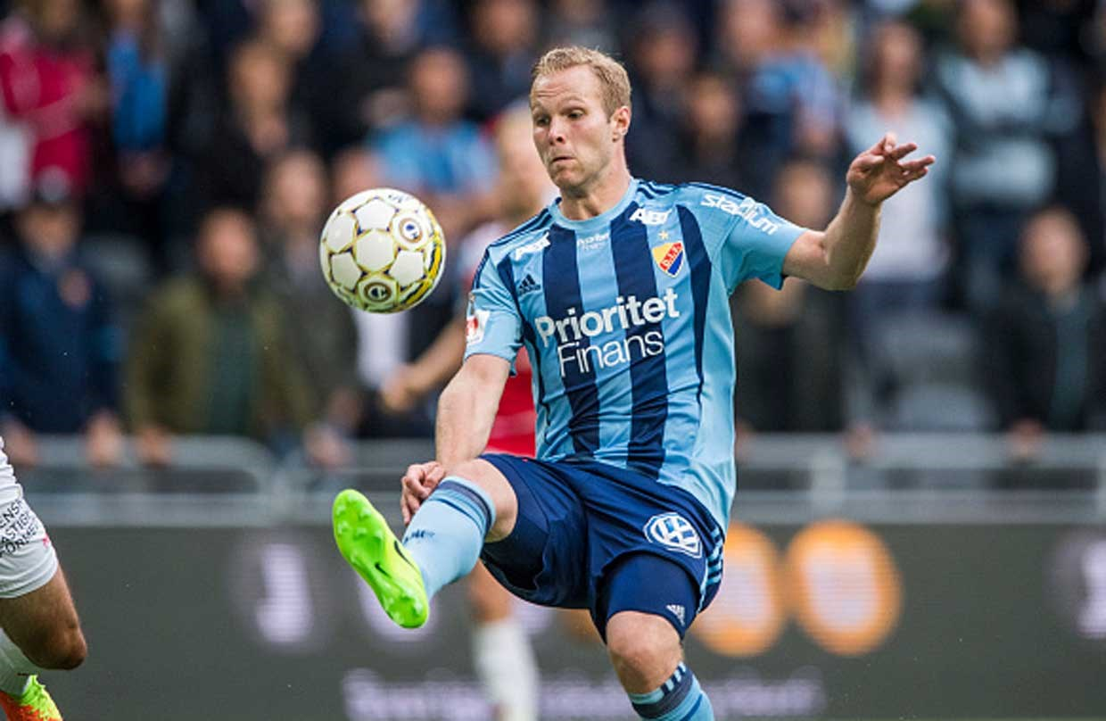 Gustav Engvall in action for Djurgarden